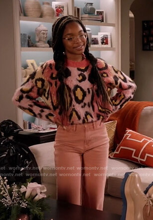 Diane's pink leopard print sweater on Black-ish