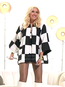 Gwen's checkered kimono jacket and mini skirt on The Voice