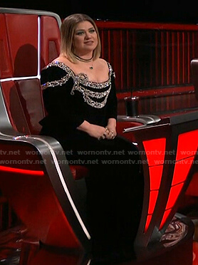 Kelly's black embellished velvet dress on The Voice