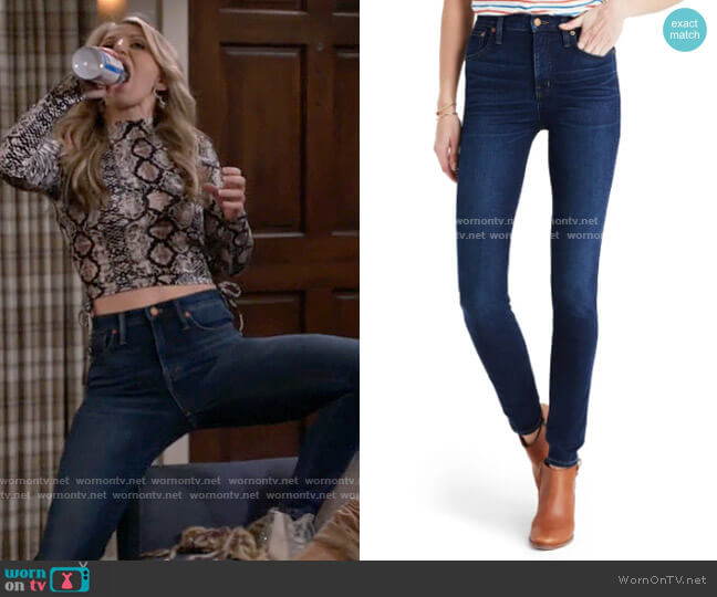 Madewell Hayes Wash 10-Inch High Rise Skinny Jeans worn by Gina Dabrowski (Annaleigh Ashford) on B Positive