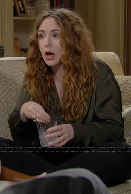 Mariah's green blouse on The Young and the Restless