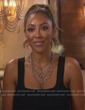 Tayshia's black chain necklace's on The Bachelorette