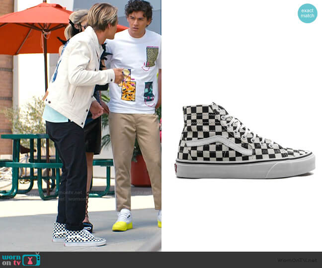 SK8-HI Tapered sneakers by Vans worn by Mac Morris (Mitchell Hoog) on Saved By The Bell