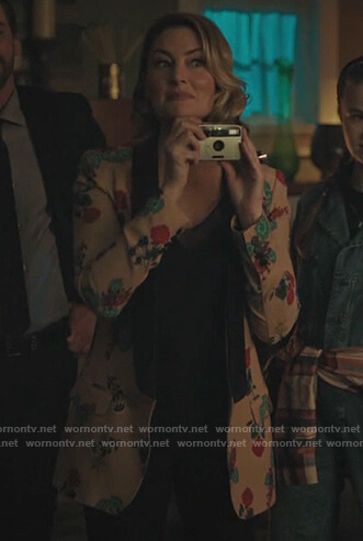 Alice's floral jacket and black cami on Riverdale