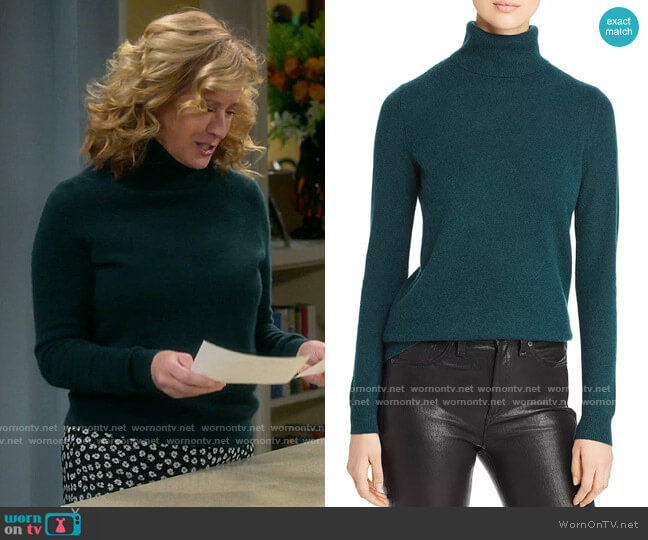C by Bloomingdales Cashmere Turtleneck Sweater in Forest Green worn by Vanessa Baxter (Nancy Travis) on Last Man Standing