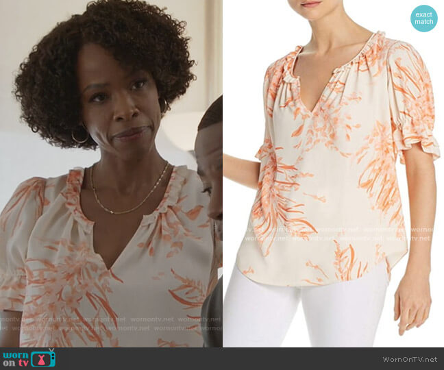 Coral Floral Short Sleeve Top by Joie worn by Grace James (Karimah Westbrook) on All American