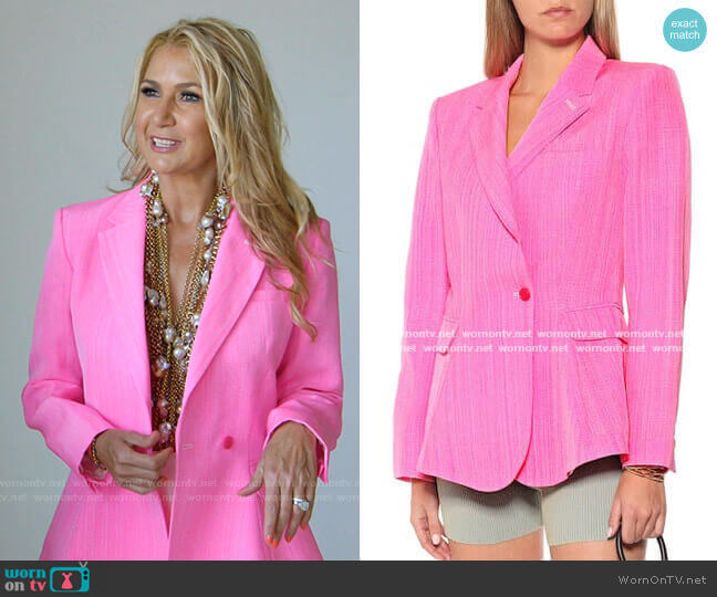 La Veste Qui Vole blazer by Jacquemus worn by Kary Brittingham  on The Real Housewives of Dallas