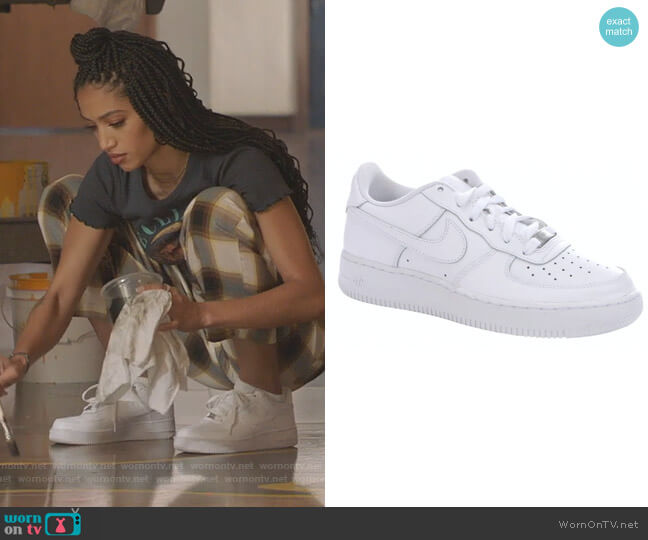 Air Force 1 Leather Trainers by Nike worn by Olivia Baker (Samantha Logan) on All American