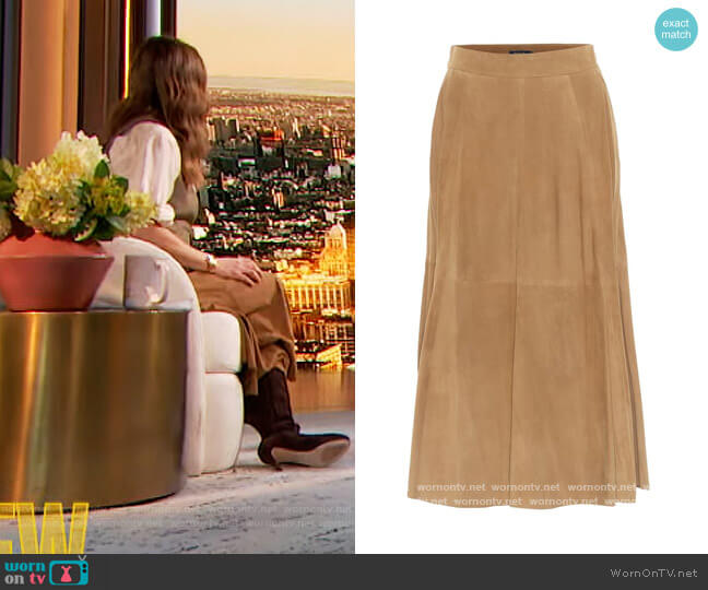 Suede midi skirt by Ralph Lauren worn by Drew Barrymore  on The Drew Barrymore Show