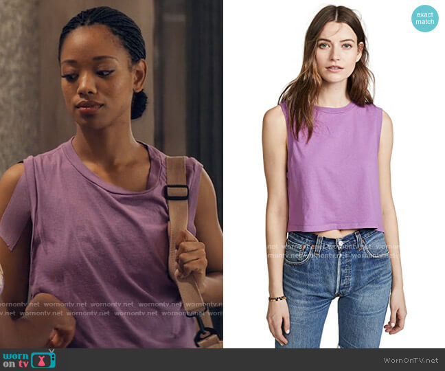 Agolde Cropped Muscle Tee worn by Neveah Stroyer (Kylie Jefferson) on Tiny Pretty Things