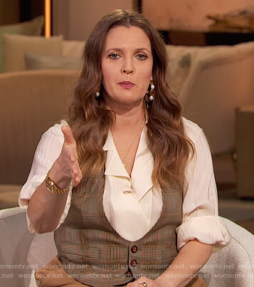 Drew's white blouse and brown suede skirt on The Drew Barrymore Show