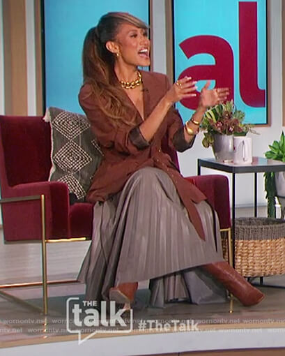 Elaine's brown belted blazer and skirt on The Talk