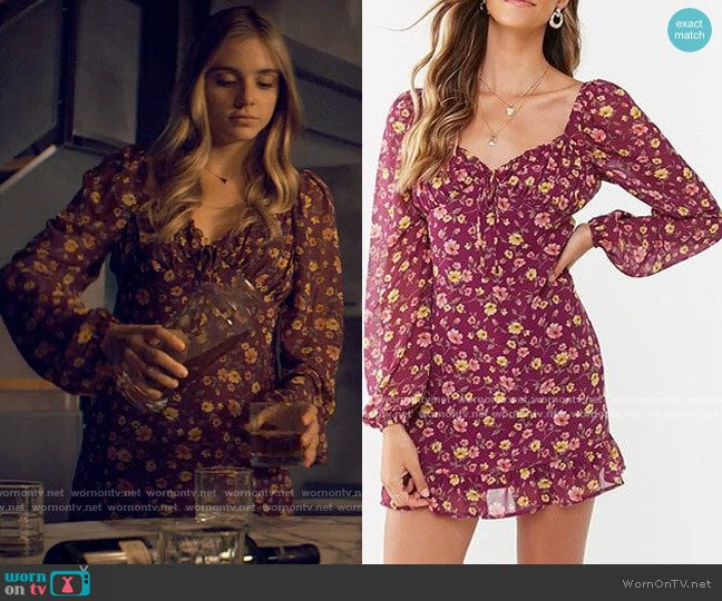 Forever 21 Floral Mini Dress worn by Bette Whitlaw (Casimere Jollette) on Tiny Pretty Things