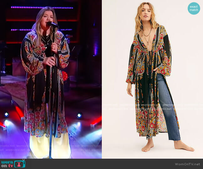Dream Girl Maxi Top by Free People worn by Kelly Clarkson  on The Kelly Clarkson Show