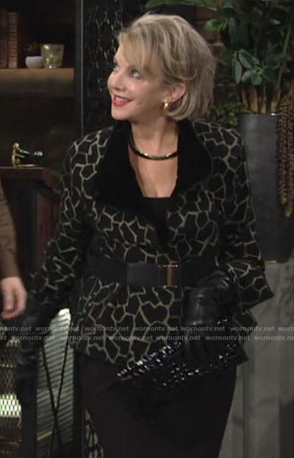 Gloria's green giraffe pattern jacket on The Young and the Restless