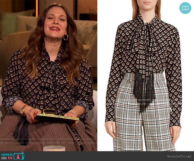 Runway Fringe Tieneck Top by Marc Jacobs worn by Drew Barrymore  on The Drew Barrymore Show