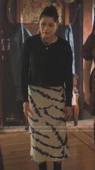 Mel's tie dye midi dress on Charmed