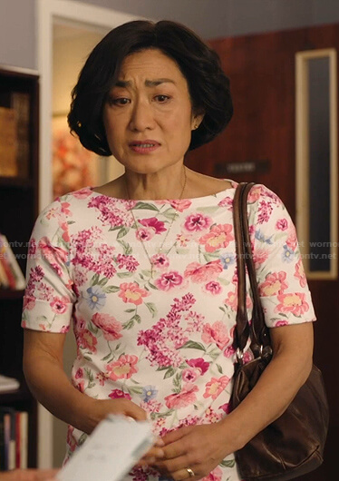 Mrs. Kim's white floral tee on Kims Convenience