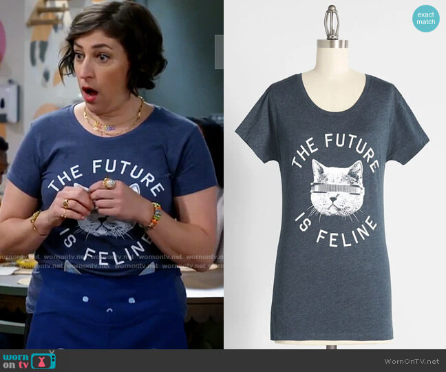 ModCloth The Future is Feline Graphic Tee worn by Kat Silver (Mayim Bialik) on Call Me Kat