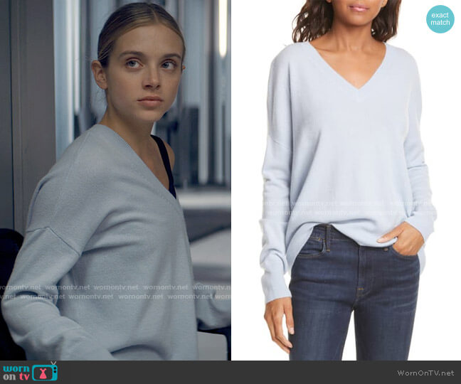 Nordstrom Signature High/Low Cashmere Sweater worn by Bette Whitlaw (Casimere Jollette) on Tiny Pretty Things