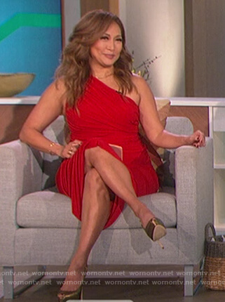 Carrie's red one shoulder ruched dress on The Talk