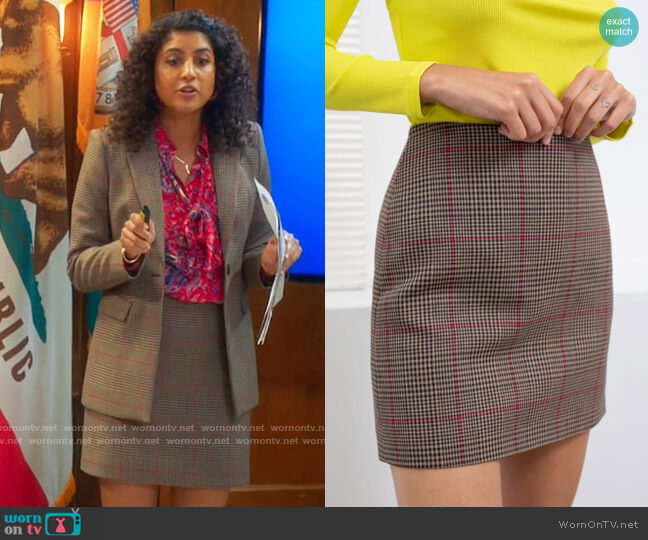 & Other Stories Houndstooth Mini Skirt worn by Mikaela Shaw (Vella Lovell) on Mr Mayor