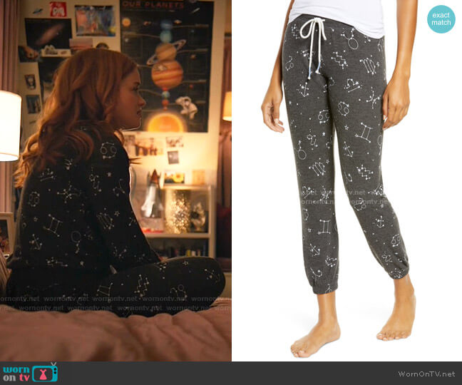 What's Your Sign Banded Pant by PJ Salvage worn by Zoey Clarke (Jane Levy) on Zoeys Extraordinary Playlist