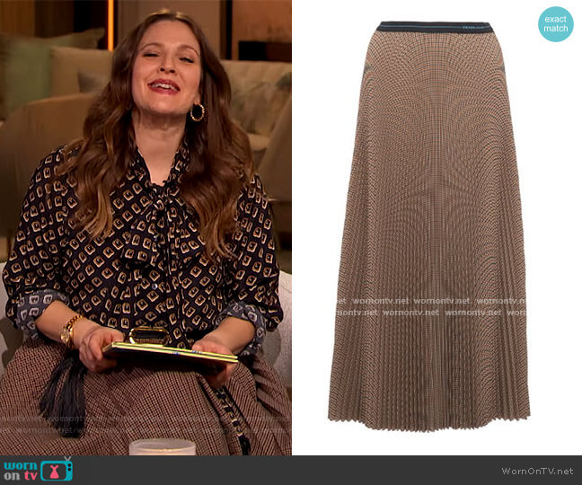 Checked Plisse-Crepe Midi Skirt by Prada worn by Drew Barrymore  on The Drew Barrymore Show