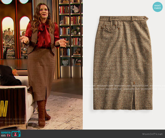 Donegal Tweed Wool-Blend Skirt by Ralph Lauren worn by Drew Barrymore  on The Drew Barrymore Show
