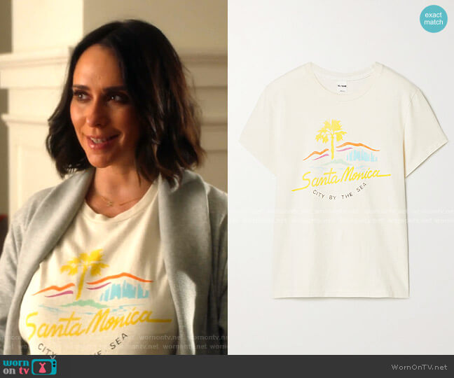 City By The Sea T-shirt by Re/Done worn by Maddie Kendall (Jennifer Love Hewitt) on 9-1-1