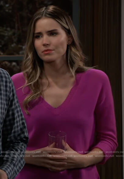 Sasha's pink v-neck sweater on General Hospital