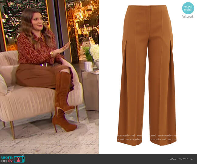 Alexa virgin wool pleated trousers by The Row worn by Drew Barrymore  on The Drew Barrymore Show