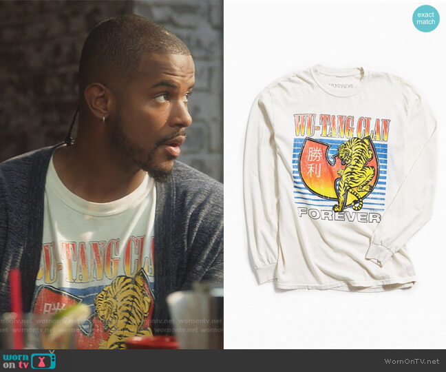 Wu-Tang Clan Tiger Long Sleeve Tee by Urban Outfitters worn by Aaron Jackson (Trevor Jackson) on Grown-ish
