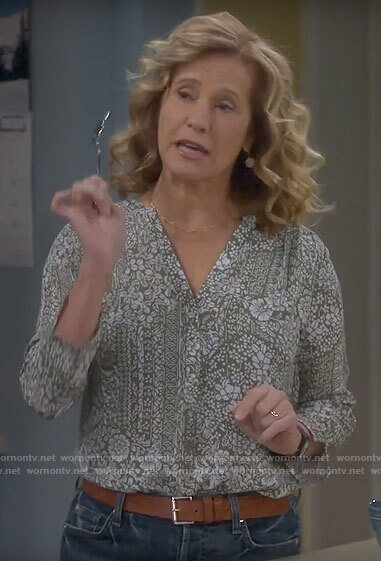 Vanessa's green floral top on Last Man Standing