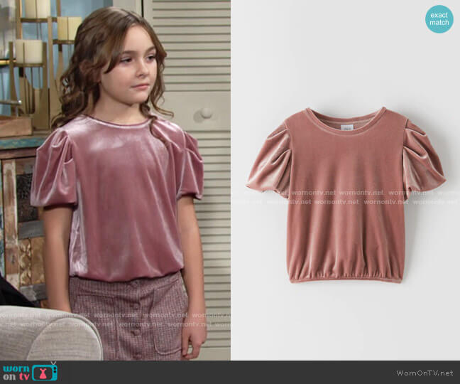 Zara Balloon Sleeve Velvet Top worn by Katie on The Young and the Restless