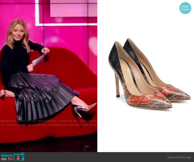 Gianvito 105 mm Pumps by Etro x Gianvito Rossi worn by Kelly Ripa  on Live with Kelly & Ryan