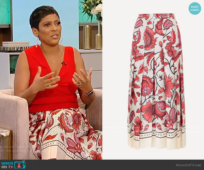 Pleated floral-print silk-twill skirt by Gucci worn by Tamron Hall  on Tamron Hall Show