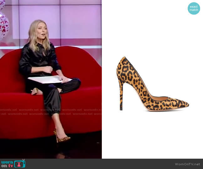 Leopard-Print Pumps by Gianvito Rossi worn by Kelly Ripa  on Live with Kelly & Ryan