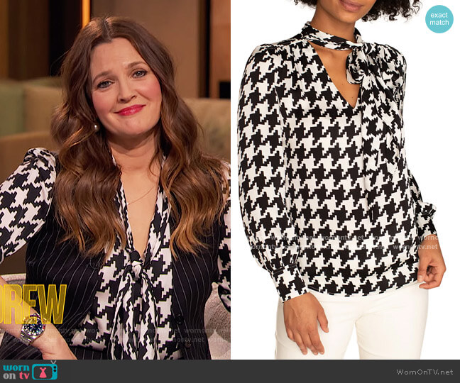 Demming Houndstooth Top by Trina Turk worn by Drew Barrymore  on The Drew Barrymore Show