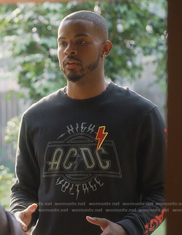 Aaron's black AC DC sweatshirt on Grown-ish