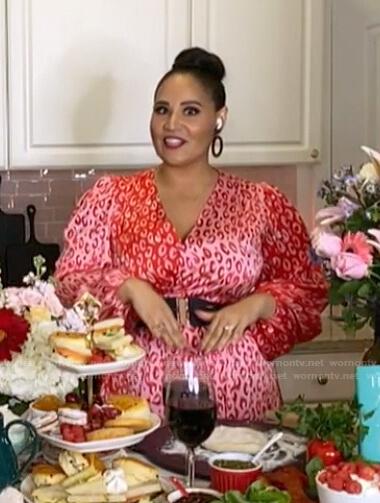 Alejandra Ramos's pink leopard print wrap dress on Today