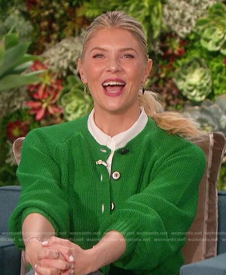 Amanda's green heart knit cardigan on The Talk