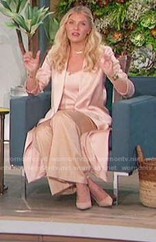 Amanda's satin kimono and cami on The Talk