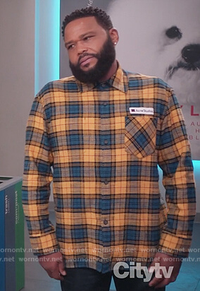 Andre's yellow and blue plaid shirt on Black-ish