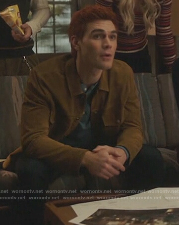 Archie's mustard suede jacket on Riverdale