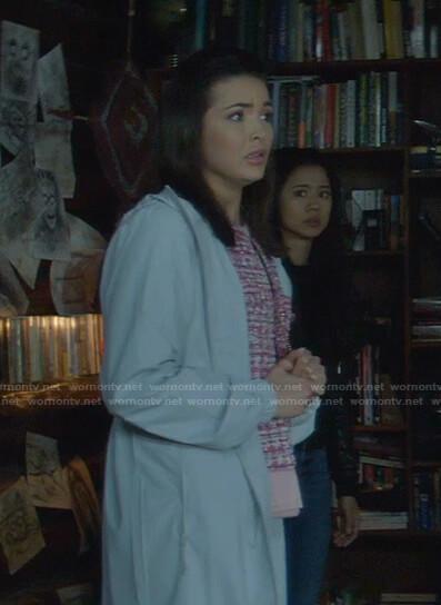 Bess's pink tweed jacket on Nancy Drew