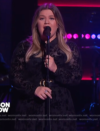 Kelly's black lace long sleeve dress on The Kelly Clarkson Show