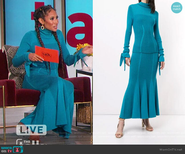 Knotted Sleeves Ribbed Jumper and Skirt by Carolina Herrera worn by Elaine Welteroth  on The Talk
