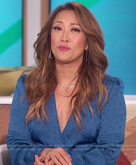 Carrie's blue satin wrap dress on The Talk