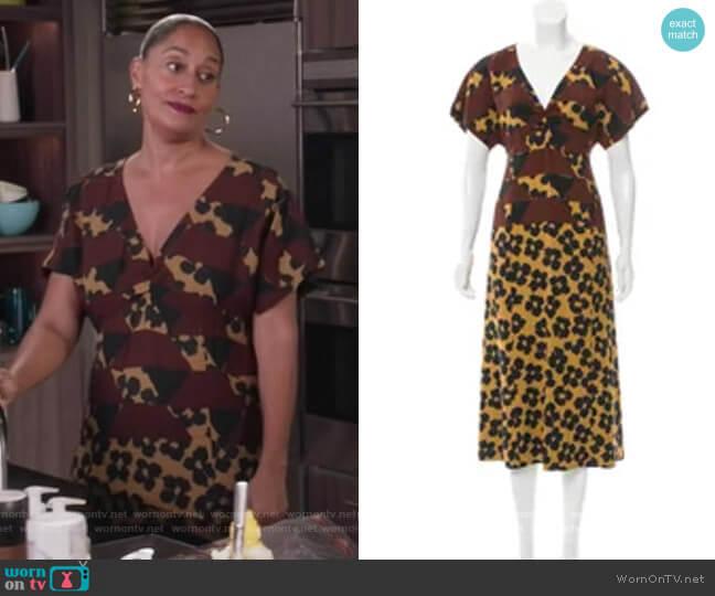 Short Sleeve Midi Dress by Dries Van Noten worn by Rainbow Johnson (Tracee Ellis Ross) on Blackish